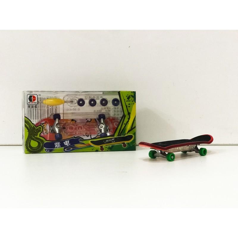 Игрушка - Фингерборд с отверткой 32 шт. 28299